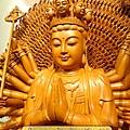 L3713.千手千眼觀音木雕佛像 神桌神像雕刻.JPG