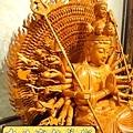 L3714.千手千眼觀音木雕佛像 神桌神像雕刻.JPG