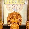 L3718.千手千眼觀音木雕佛像 神桌神像雕刻.JPG