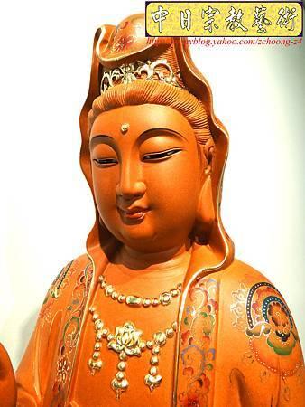 L3903.極緻神桌佛像雕刻 自在觀世音菩薩神像雕刻 極彩描金製做.JPG