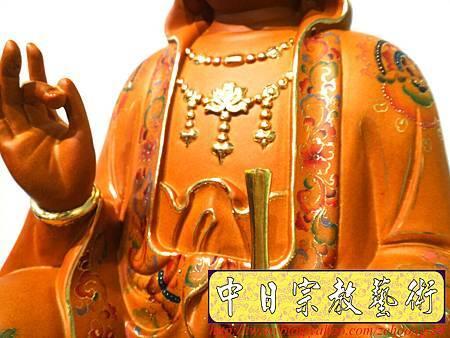 L3910.極緻神桌佛像雕刻 自在觀世音菩薩神像雕刻 極彩描金製做.JPG