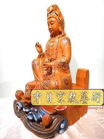 L3913.極緻神桌佛像雕刻 自在觀世音菩薩神像雕刻 極彩描金製做.JPG