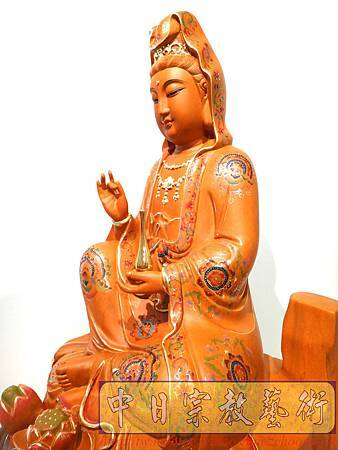 L3914.極緻神桌佛像雕刻 自在觀世音菩薩神像雕刻 極彩描金製做.JPG