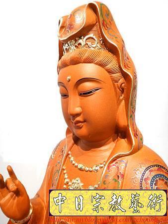 L3915.極緻神桌佛像雕刻 自在觀世音菩薩神像雕刻 極彩描金製做.JPG