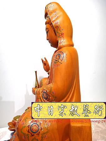 L3922.極緻神桌佛像雕刻 自在觀世音菩薩神像雕刻 極彩描金製做.JPG