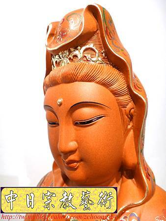 L3923.極緻神桌佛像雕刻 自在觀世音菩薩神像雕刻 極彩描金製做.JPG