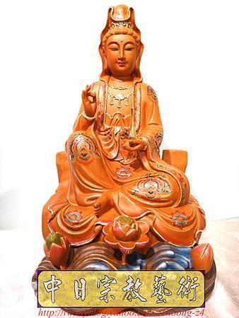 L3926.極緻神桌佛像雕刻 自在觀世音菩薩神像雕刻 極彩描金製做.JPG