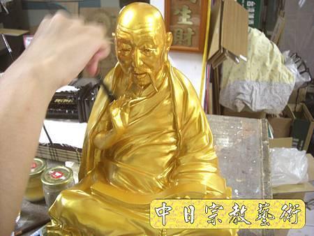 K1819.銅製佛像金身貼金箔製作.JPG