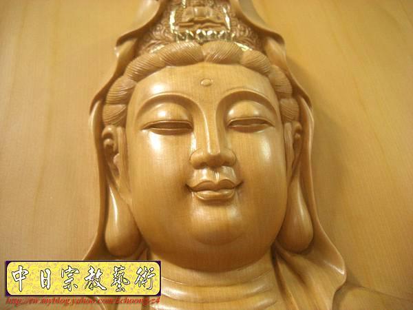 G2311.神桌佛掛佛聯~實木雕刻觀世音菩薩像(半浮雕).JPG
