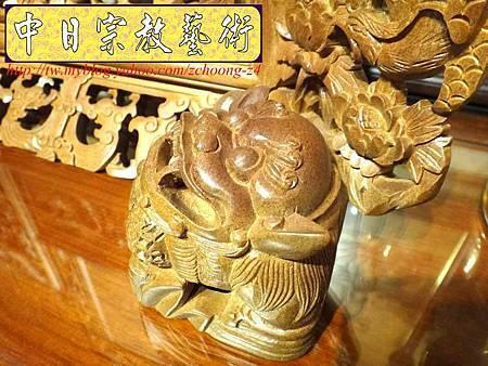 E6813.客家大牌雕刻 雙獅祖先牌位雕刻 肖楠木公媽牌製作.JPG