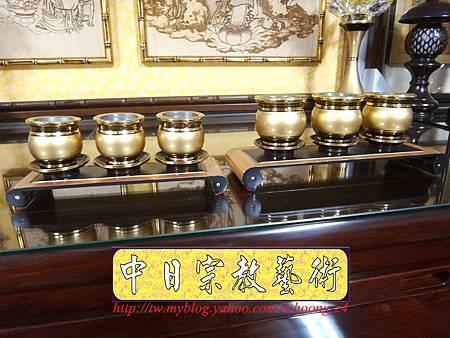 F3906.舍利杯 供桌.JPG