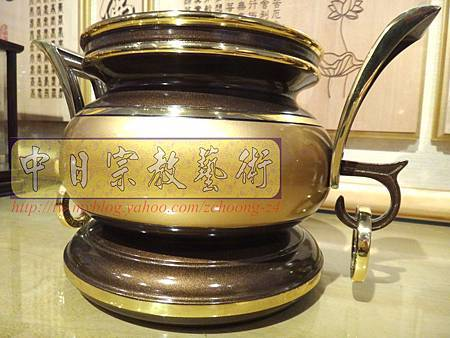 F4103.神桌香爐系列~有耳型神明爐 高級銅器.JPG