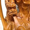 L4609.騬龍觀音木雕神像 站龍觀世音菩薩神桌佛像雕刻.JPG