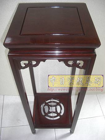 M13404.神桌旁花架花台 紅木花檯.JPG