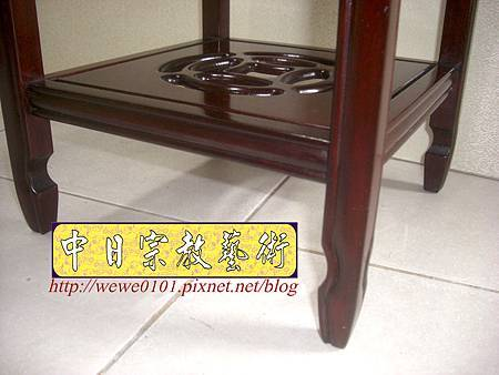 M13411.神桌旁花架花台 紅木花檯.JPG