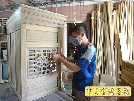 M13911.現代感的神桌櫥佛桌櫥 神龕佛龕設計 窗花版.JPG