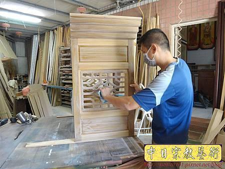 M13912.現代感的神桌櫥佛桌櫥 神龕佛龕設計 窗花版.JPG