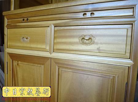 M13916.現代感的神桌櫥佛桌櫥 神龕佛龕設計 窗花版.JPG