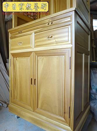 M13917.現代感的神桌櫥佛桌櫥 神龕佛龕設計 窗花版.JPG