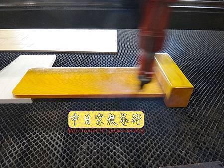 E8304.簡式祖先牌位雕刻 長祿祖先牌位雕刻.JPG