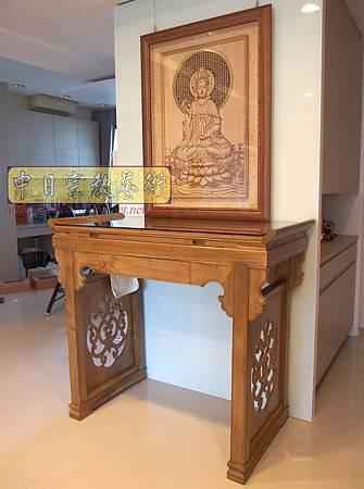 N23702.現代神桌樣式 柚木佛桌 觀世音菩薩3D雕刻 水晶蓮花燈 高級香爐.JPG