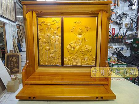 N23801.半櫥神桌結合電視櫃 半雕體觀音佛像 福祿壽.JPG