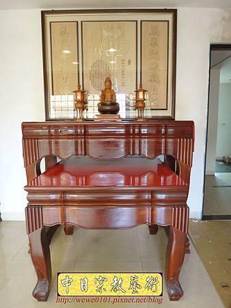 N25702.神桌與公媽桌分開的神明廳 五尺一佛桌搭二尺七祖先桌.JPG