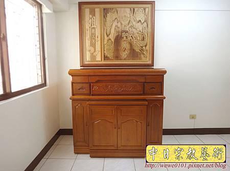 N26402.四尺二櫃型神桌佛桌 關聖帝君龍圖神桌背景.JPG