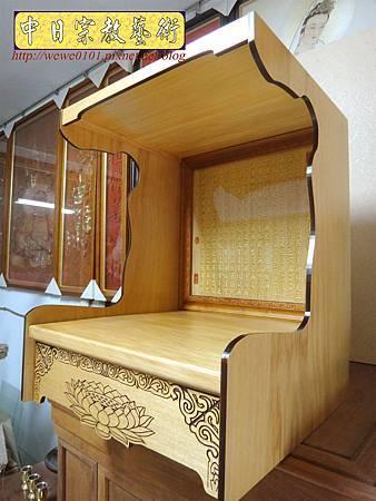 M15110.壁掛式神桌 實木掛櫥 吊櫥 神龕佛龕製作.JPG
