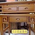 M15204.彎腳佛桌樣式 柚木4尺2神桌.JPG
