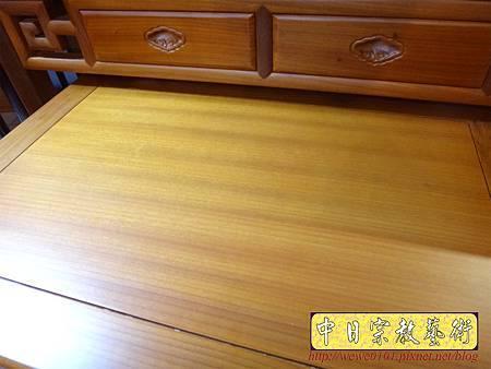 M15213.彎腳佛桌樣式 柚木4尺2神桌.JPG