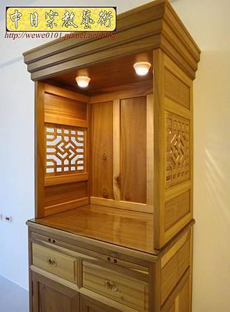 M15303.現代神櫥設計 佛櫥製作 實木2尺9公媽櫥.JPG