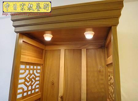 M15305.現代神櫥設計 佛櫥製作 實木2尺9公媽櫥.JPG