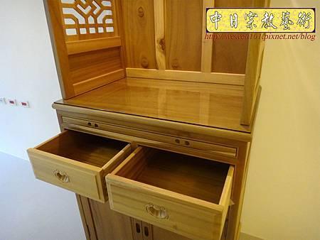 M15309.現代神櫥設計 佛櫥製作 實木2尺9公媽櫥.JPG