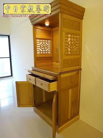 M15311.現代神櫥設計 佛櫥製作 實木2尺9公媽櫥.JPG