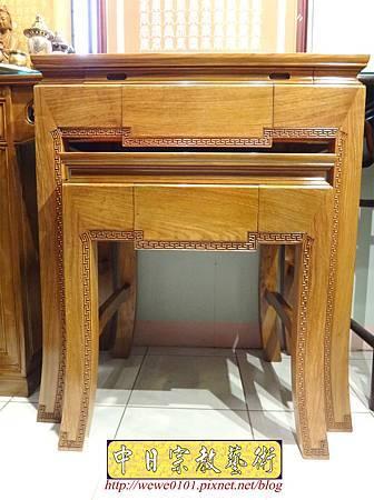 M16101.現代神桌樣式 彎腳佛桌製作 2尺9花梨木神桌.JPG