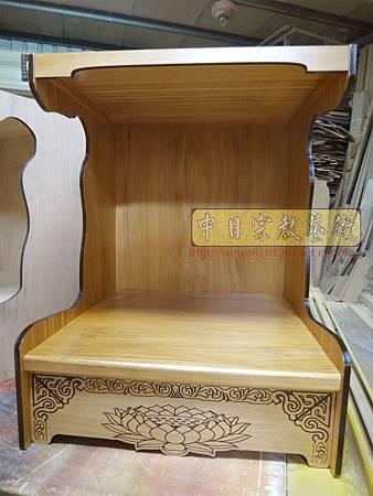 M16202.壁掛式神桌製作 半櫥神龕 吊櫥佛龕公媽龕設計.JPG
