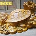 L5706.龍龜木雕藝品 樟木材質製作.JPG