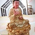 L5902.極緻神桌佛像雕刻~觀世音菩薩木雕佛像 極彩描金製做.JPG
