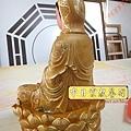 L5904.極緻神桌佛像雕刻~觀世音菩薩木雕佛像 極彩描金製做.JPG