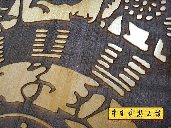 H15207.木雕掛鐘 八掛鐘 實木雕刻製作.JPG