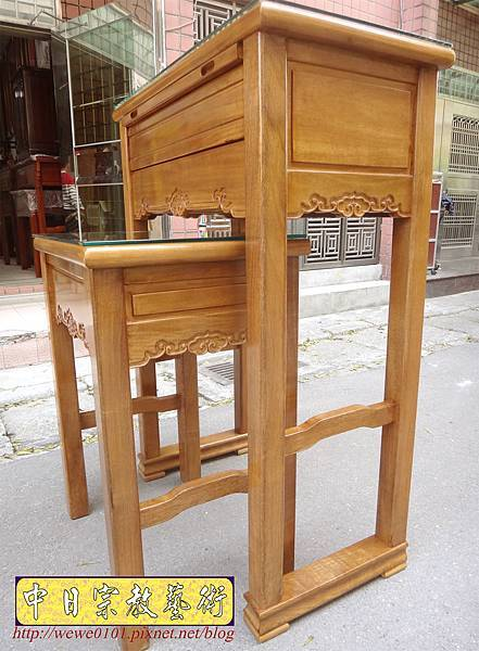 M17408.特製2尺9神桌 4尺2高 柚木佛桌樣式.JPG