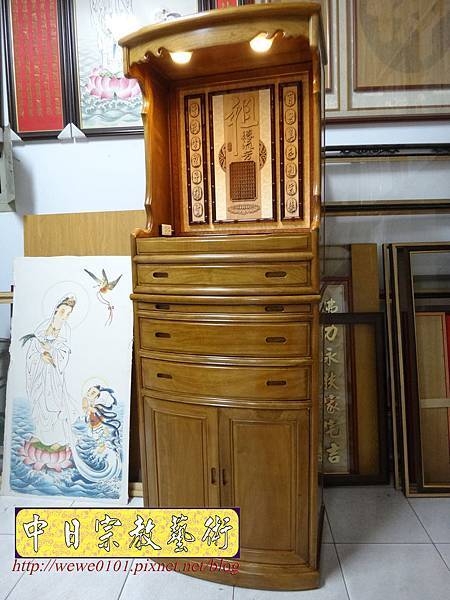 E8802.居家小公媽櫥 2尺28小公媽櫥 肖楠木祖先牌位 水晶蓮花燈.jpg
