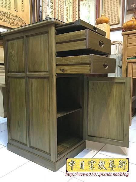 M19605.綠檀公媽櫃 1尺58小供桌 佛桌.JPG
