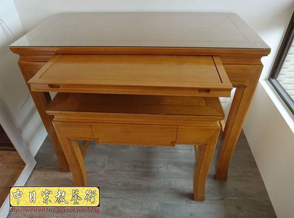 M19703.黃花梨木神桌 彎腳精雕龍紋佛桌樣式 4尺2小神桌.JPG