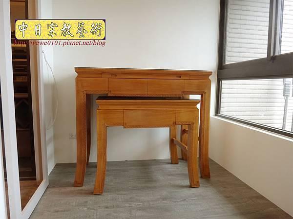 M19706.黃花梨木神桌 彎腳精雕龍紋佛桌樣式 4尺2小神桌.JPG
