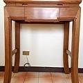 E13404二尺九彎角迴紋桌配百壽祖先聯.jpg
