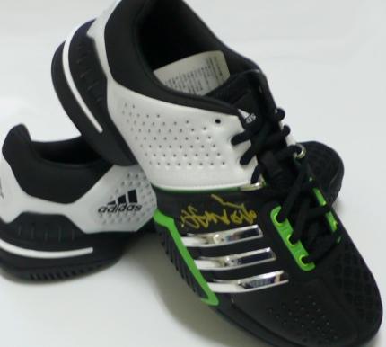 運動鞋1 小.jpg