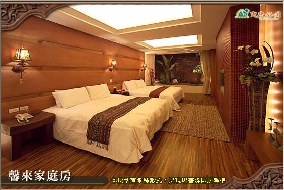 馨來家庭房-床.JPG