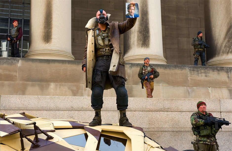 Tom-Hardy-stars-as-Bane-in-The-Dark-Knight-Rises